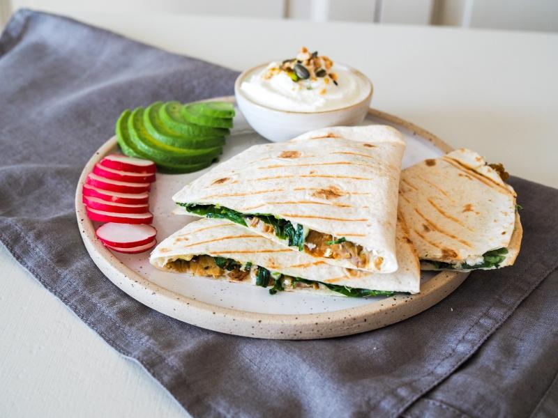 Lučina & Skyr a zapečená quesadilla